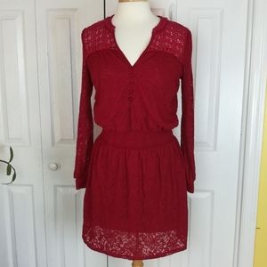 Leifnotes burgundy lace dres with crochet details